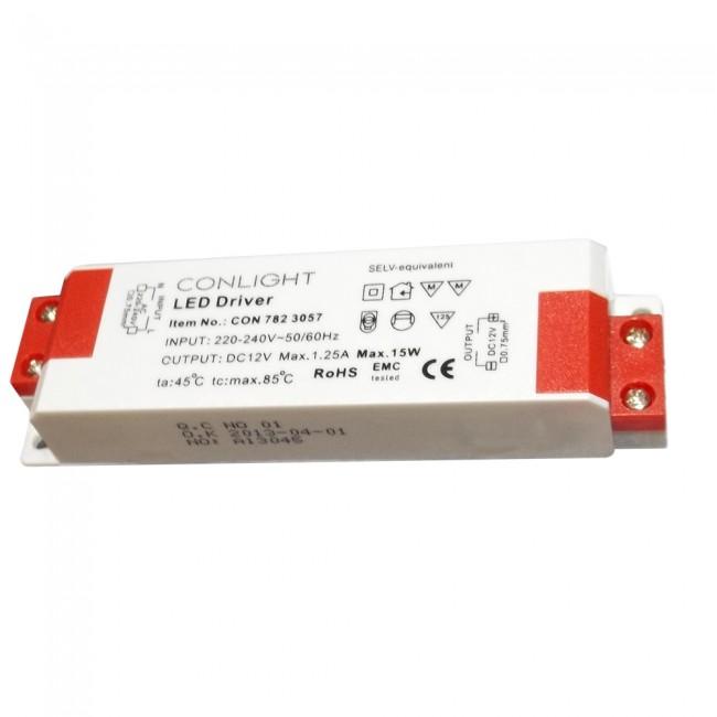782-3057 15 Watt, 1,25 Amper napájanie