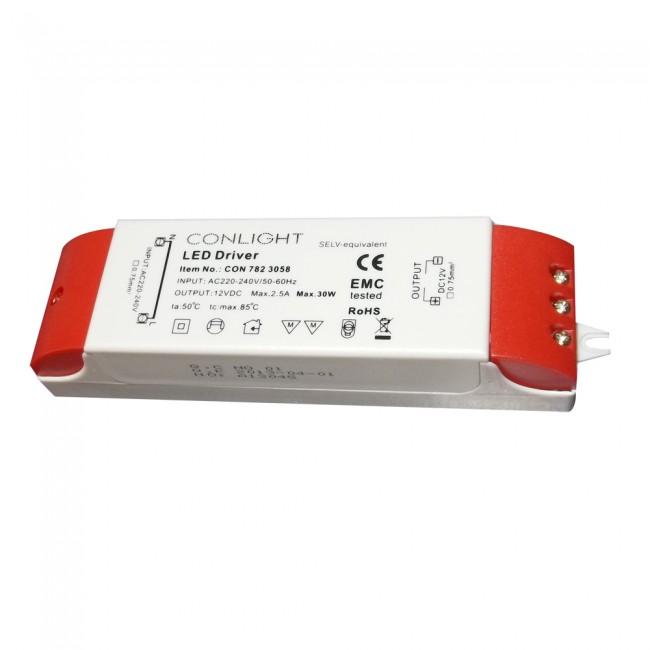 782-3058 30 Watt, 2,5 Amper napájanie